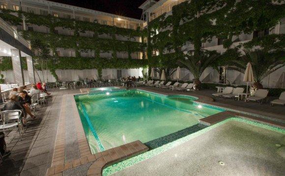 Booking.com: Kosma Hotel