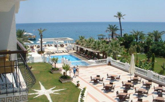 Imperial-de-luxe-hotel--163785
