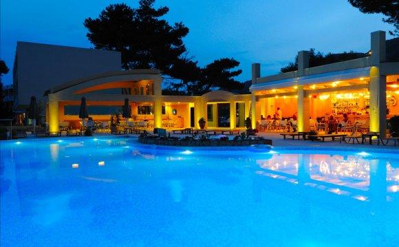 Отели Греции, Отели острова